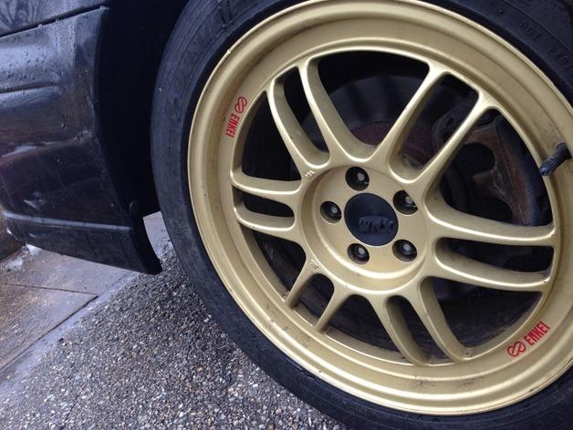 汽车轮胎中心盖