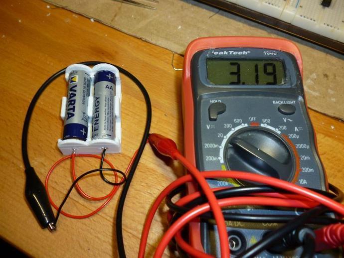 参数型电池夹