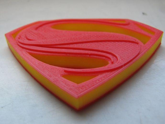 超人钢铁之躯 标志