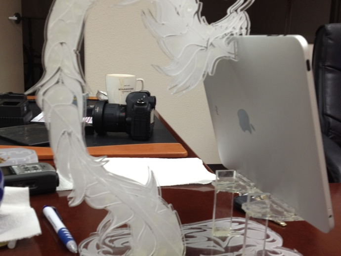 龙形平板电脑支撑架 3D打印模型渲染图