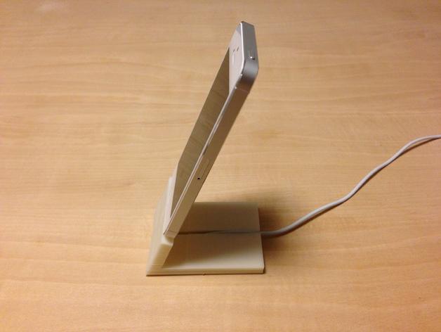 iPhone 5手机座 充电座 3D打印模型渲染图