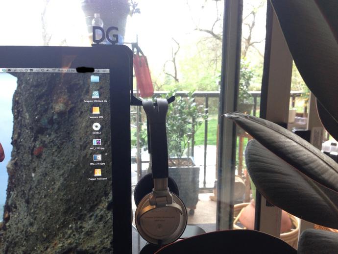 iMac耳机支架