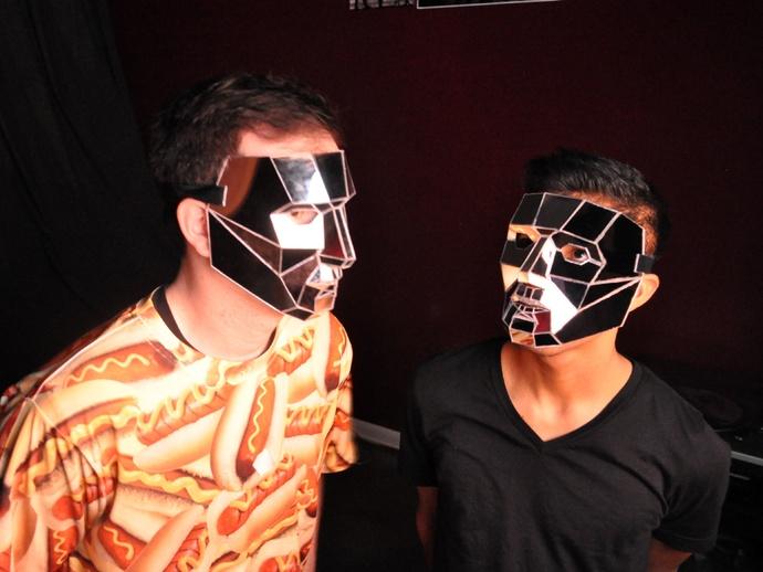 低聚镜面面具
