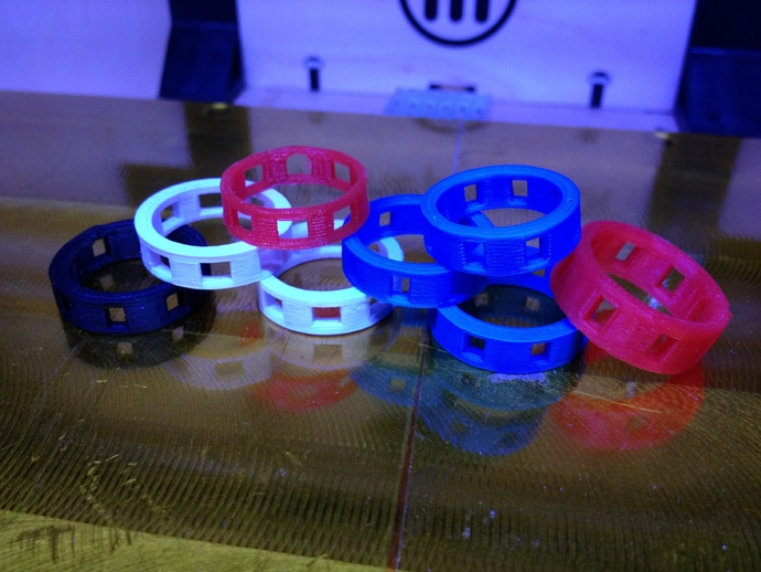 带有方形切口的参数型戒指 3D打印模型渲染图