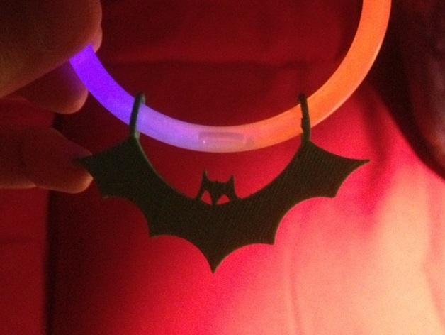 荧光棒的蝙蝠挂饰