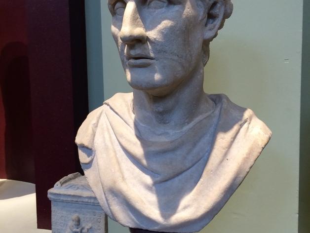 雅典剧作家米南德 雕像
