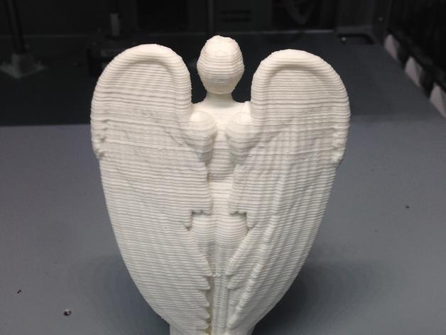 哭泣的天使 雕塑