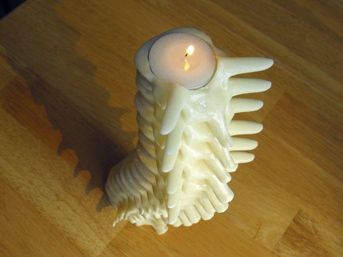 脊柱形烛台