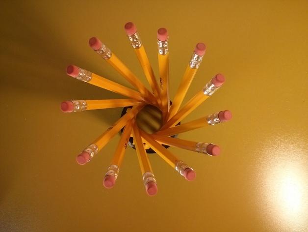 参数型双曲螺旋铅笔筒