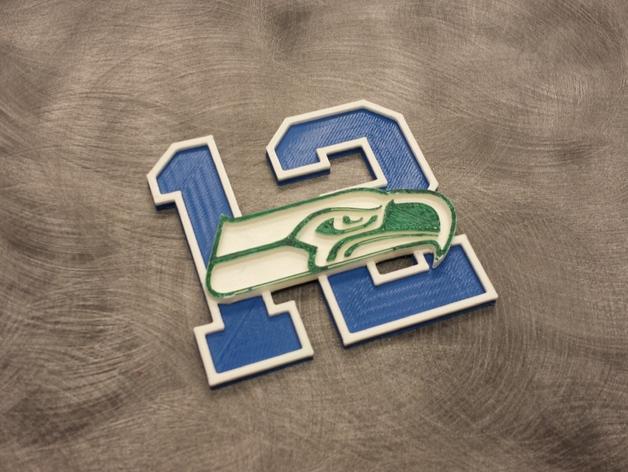数字12和海鹰标志