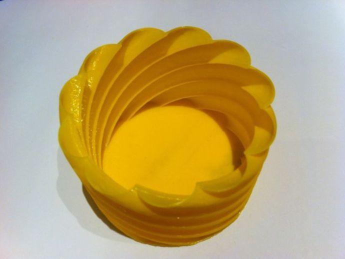 螺旋形花瓶