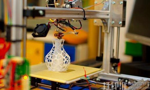迪拜政府将投资2.72亿美元支持3D打印等创新技术项目.jpg