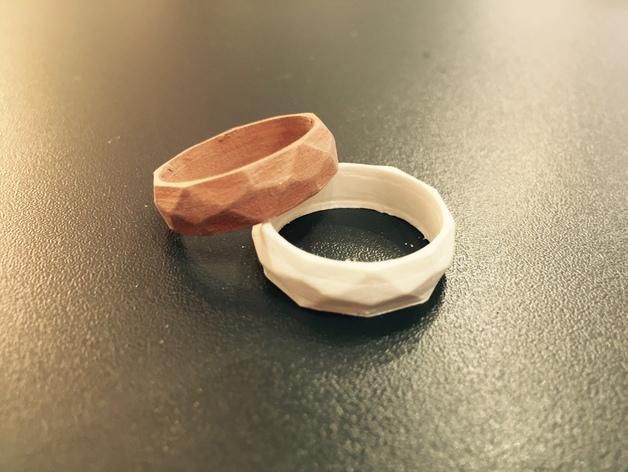 低多边形戒指