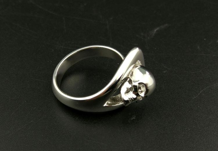 骷髅头戒指