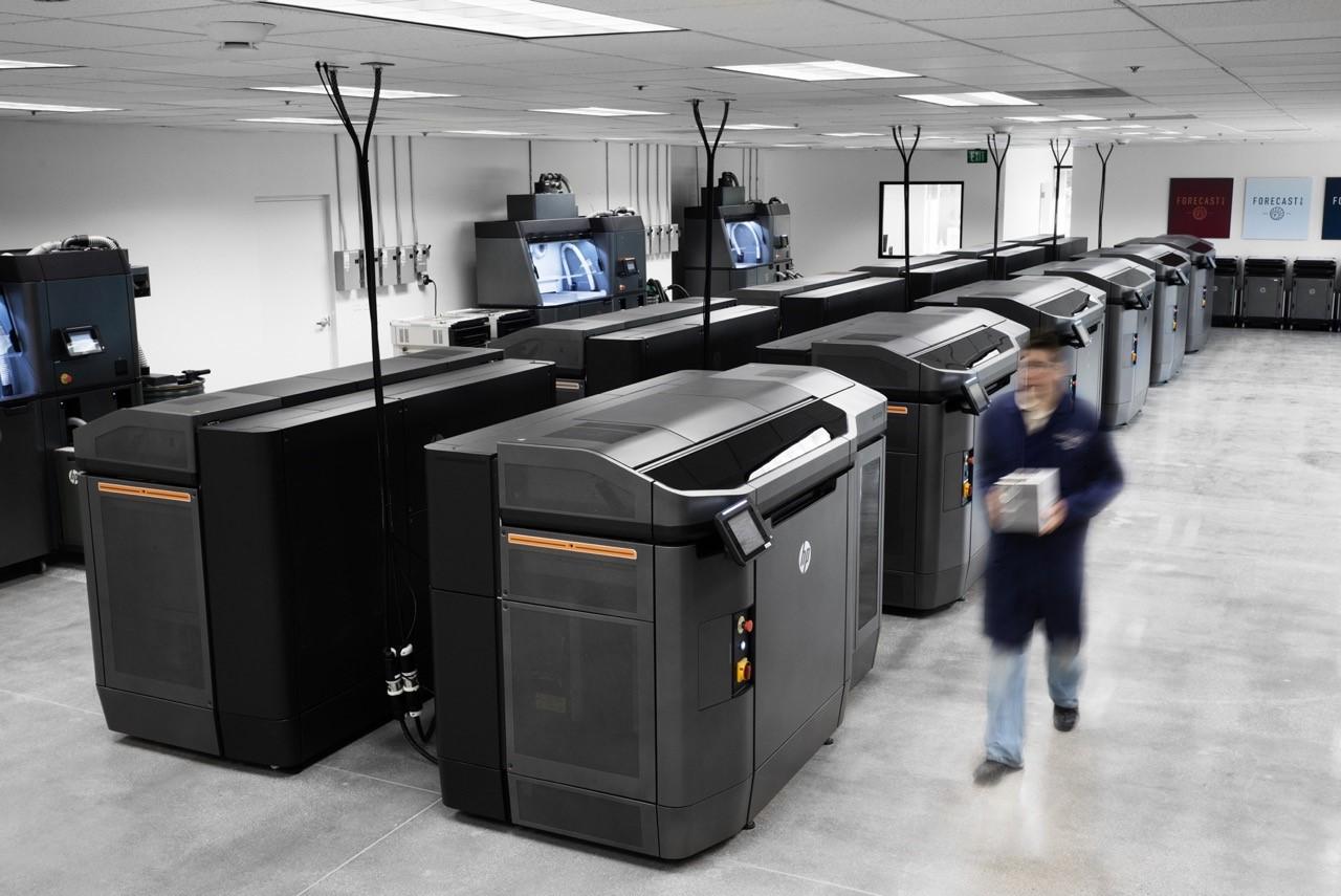 Forecast 3D引入12台惠普3D打印机 每周能打印60万个零件