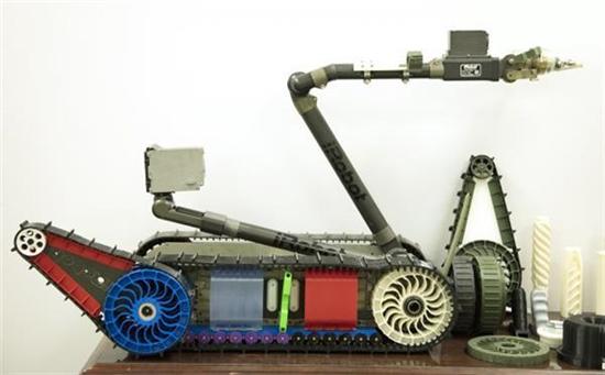"""美国陆军开发出可现场3D打印临时替换部件的套件""""R-FAB"""""""