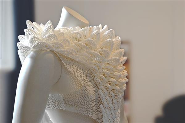 W230设计工作室新作品:受海洋之美启发的3D打印服装和配饰