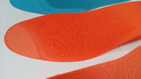 3D打印鞋垫直接应用于人体健康预防