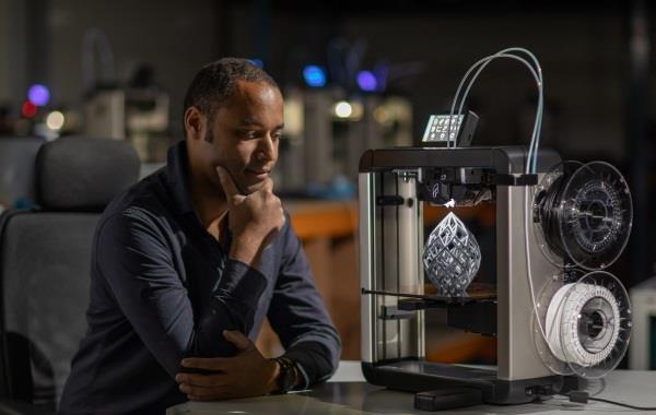 FELIXPinters推出工业应用的Pro 3桌面3D打印机